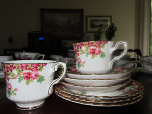 Selection of cups/saucers and plates - Olde English Garden