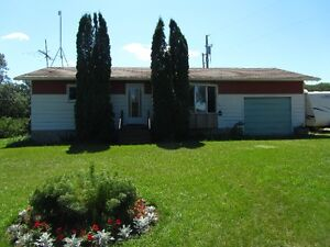 Charming 2 Bedroom Farm House For Sale *TO BE MOVED*