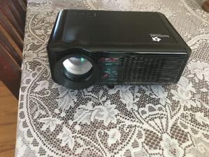 projector luminar l800