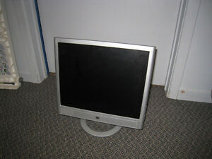 "3 LCD 17"" Monitors in great working condition, $25 for each"