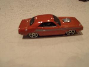 Hot Wheels 1970 Dodge Challenger Loose 1:64 scale diecast car. Sarnia Sarnia Area image 4