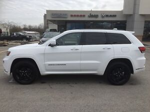 2015 Jeep Grand Cherokee Overland**Leather, Nav, B-up Cam,Pano** London Ontario image 8