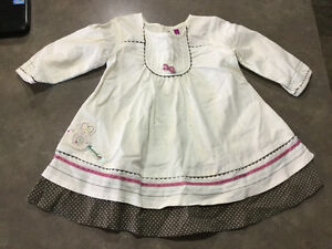 Clothes - Girls - Size 6-12 months - 30 pieces