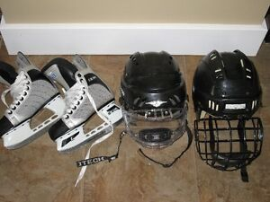 BOYS HOCKEY HELMET
