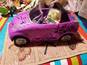 Monster high car and doll Windsor Region Ontario image 1