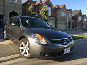 2008 Nissan Altima Sedan just 109 k milles
