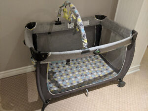 Safety 1st Playpen (almost new)