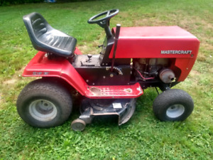 "Mastercraft 12hp 38"" lawn tractor"