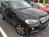 2008 BMW X5 V8 7 passagers Noir Toit pan