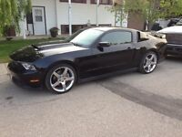 2011 Ford Mustang California special Coupe (2 door)