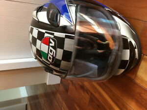 Motorcycle helmet AGV, full faced and vented