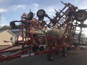 2014 Bourgault 9400 NH3 cultivator