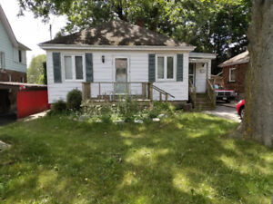 2 bedroom bungalow on Chatham St. Available January 1st