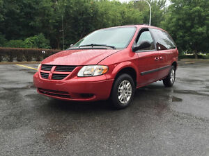 2007 Dodge Caravan *** 7 PASSAGERS *** CARPROOF CLEAN ***