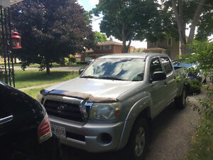 2008 Toyota Tacoma Pickup Truck Cambridge Kitchener Area image 4