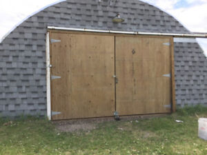Quonset / Garage with 800 sq ft for rent, Macleod Tr S