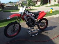 2008 CRF250R FRESH TOP END LOTS OF EXTRAS......NO TRADES