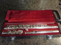 Yamaha flute - Perfect for school