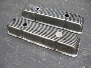 Vintage Cal Custom Valve covers for SBC