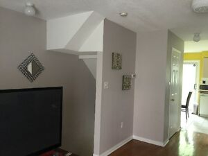 2+1 Bedroom Townhouse in convinient Mississauga Location