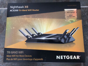 NETGEAR Nighthawk X6 Wireless AC3200 Tri-Band Router (R8000)