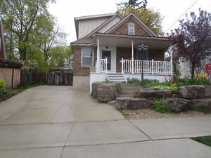 Charming 4 bedroom home in quiet King East Kitchener