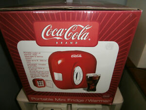 COCA COLA PORTABLE MINI FRIDGE/WARMER