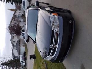 2014 Dodge Avenger SXT Sedan