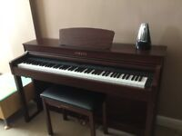 Yamaha Clavinova CLP-430 - Digital Piano (Piano Stool Included)