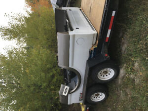 2007 F-350 8 Foot Box in Excellent Condition
