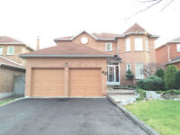 Fabulous 4 large bedroom, 3 bathroom executive home in Whitby