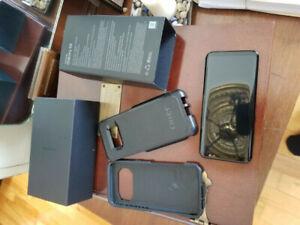 Galaxy s8 2 mois d'usure et débloqué avec otter box