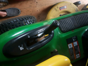 John Deere Lawn tractor for Sale