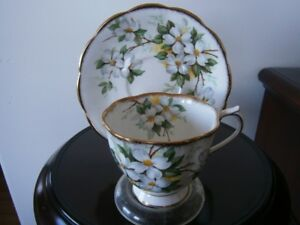 SUPER ROYAL ALBERT WHITE DOGWOOD CUP AND SAUCER SET