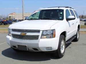 2007 Chevrolet TAHOE LTZ 6 Passenger with DVD and Leather!