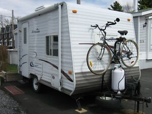 ROULOTTE ROADRUNNER 13' au camping Kirkland