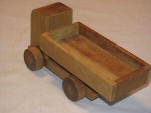 Hand-crafted Wooden Dump Truck model Edmonton Edmonton Area image 3
