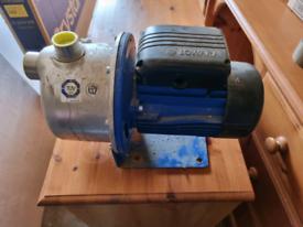 Lowara water pump BGM5/A 230v