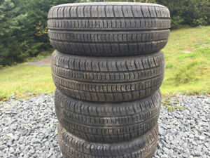 Four P195/60R14 Winter Tires Excellent Tread 9/32