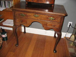 Early 1700's Queen Anne Lowboy Dressing Table