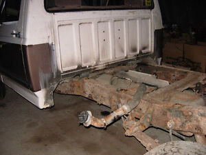 Cab from 1992 F250 - fits 87 to 97 F150 F250 F350 F450 Cambridge Kitchener Area image 3