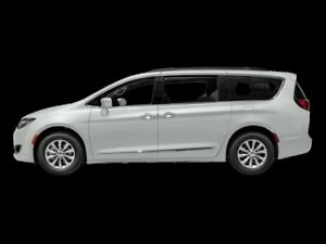 2018 Chrysler Pacifica Touring-L Plus  - Sunroof