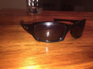 Youth boys authentic oakleys