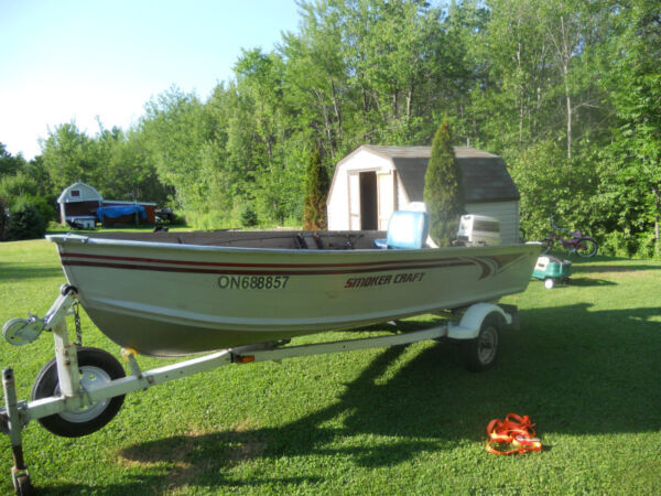Used 2004 Smoker Craft Inc Aluminum 14 foot
