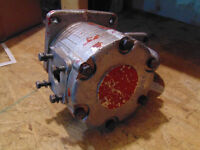 For Sale: Hydraulic Pump for Belarus 800/820 Series Tractors