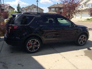 2015 Ford Explorer SPORT 4WD 3.5 ECOBOOST LOW KMS