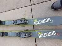 Set of Junior skis and boots