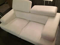 Ensemble de canapé en cuir blanc / Set of white leather sofa