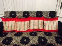 Debinahms 6 pillow cases excellent condition!!