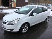 0909 Vauxhall Corsa 1.4i 16v SXi White 3 Door MOT 12m